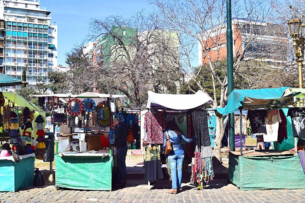 Buenos Aires Feria Artesanal Plaza Francia