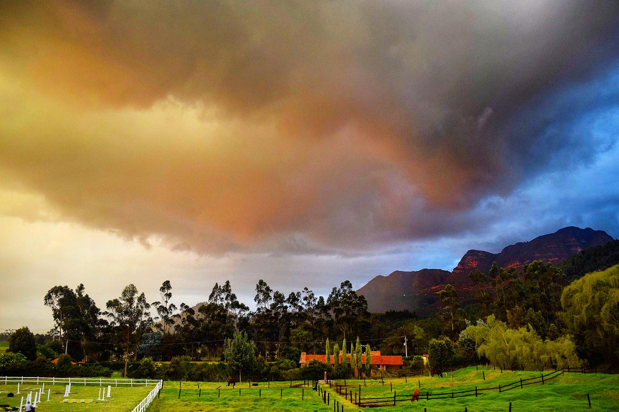 Regen en onweer in Colombia