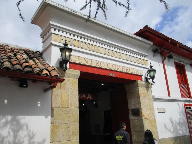 Hacienda Santa Barbara Centro Comercial Usaquén
