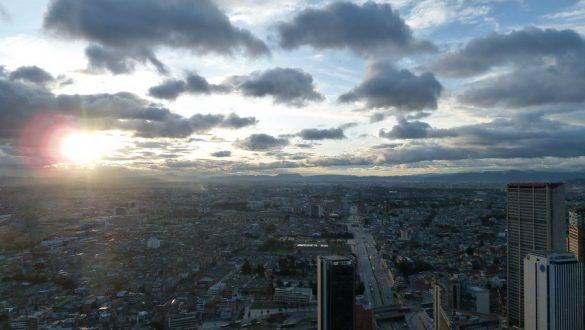 Uitzicht / view Torre Colpatria over Bogotá