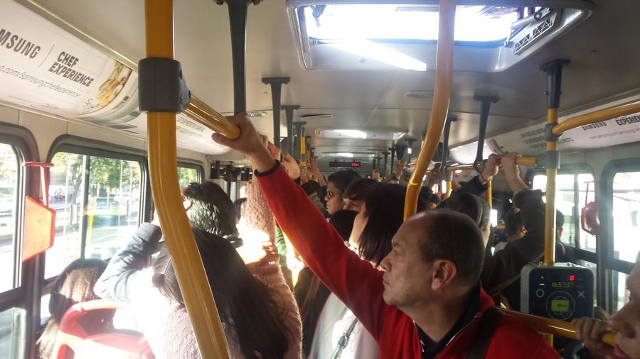 Met de bus door Bogotá: vreemde gewoonten