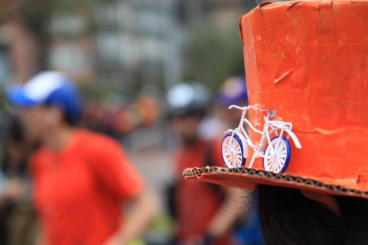 Koningsdag in Bogotá 2016 - Ciclovia Naranja