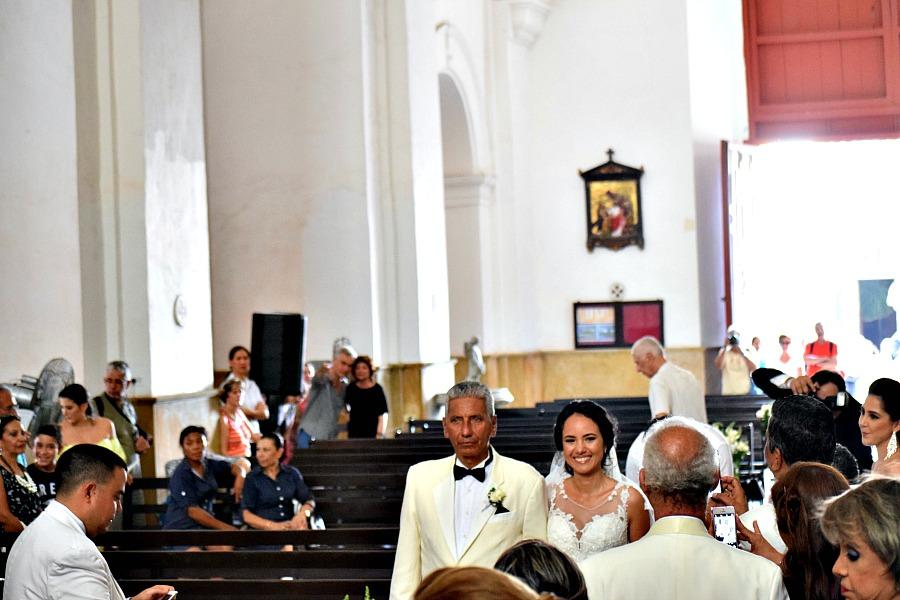 Colombiaanse bruiloft: het weggeven van de bruid