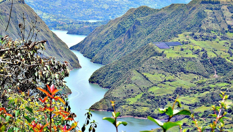 Roadtrip Colombia - het meer van Guavio
