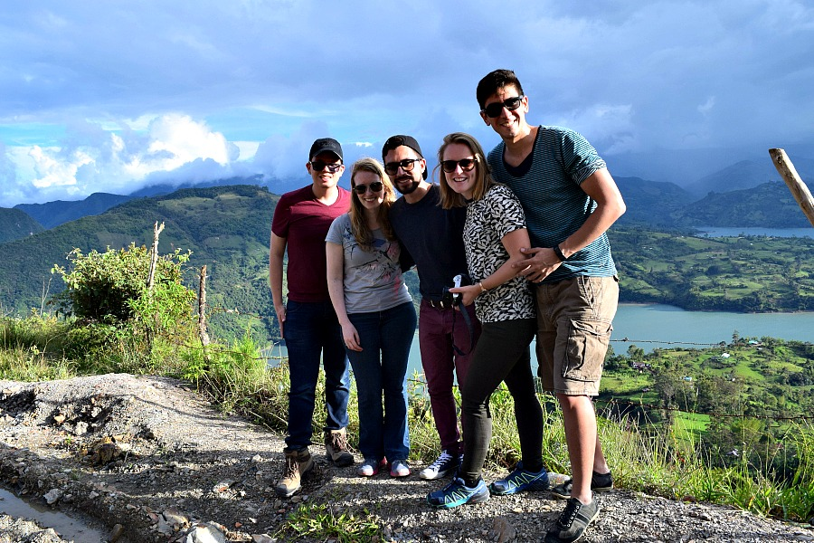 Bij het meer van Guavio in Colombia