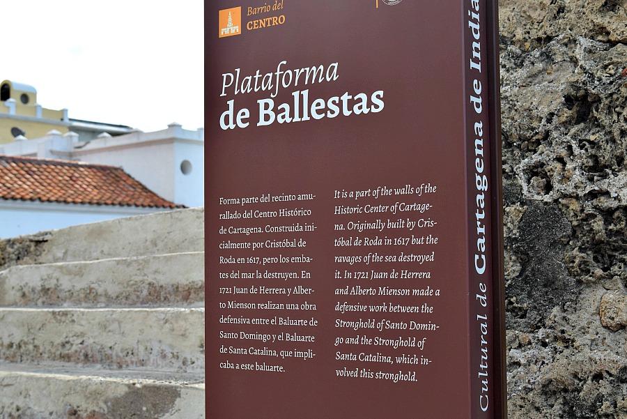5 tips om te doen in Cartagena: wandelen over de muur