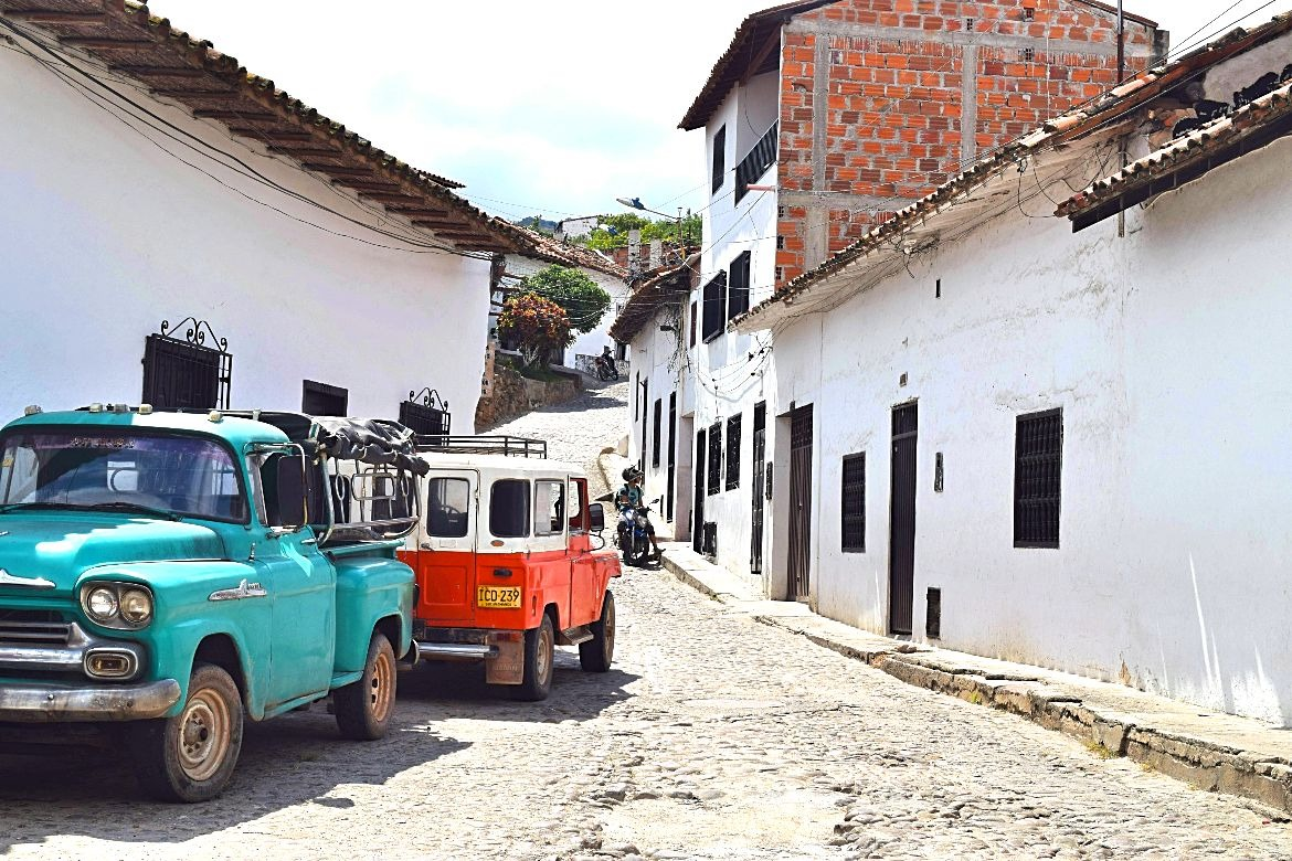Giron de witte stad in Colombia - featured 1
