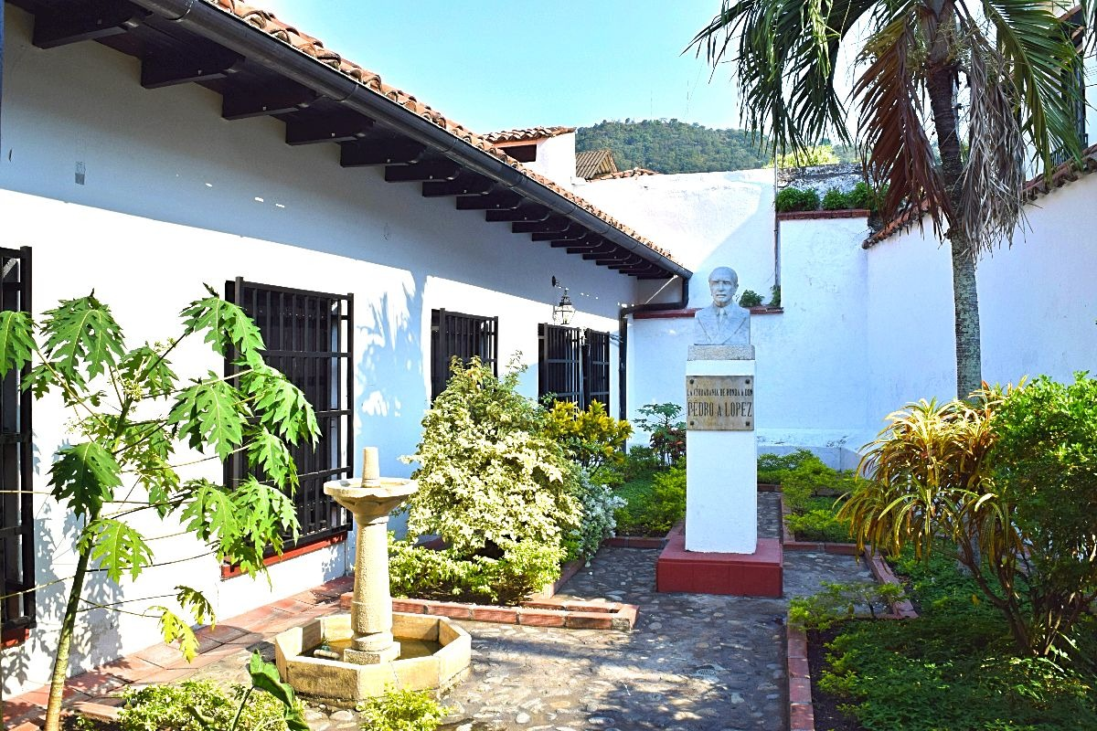 Must-see Colombia Honda museum