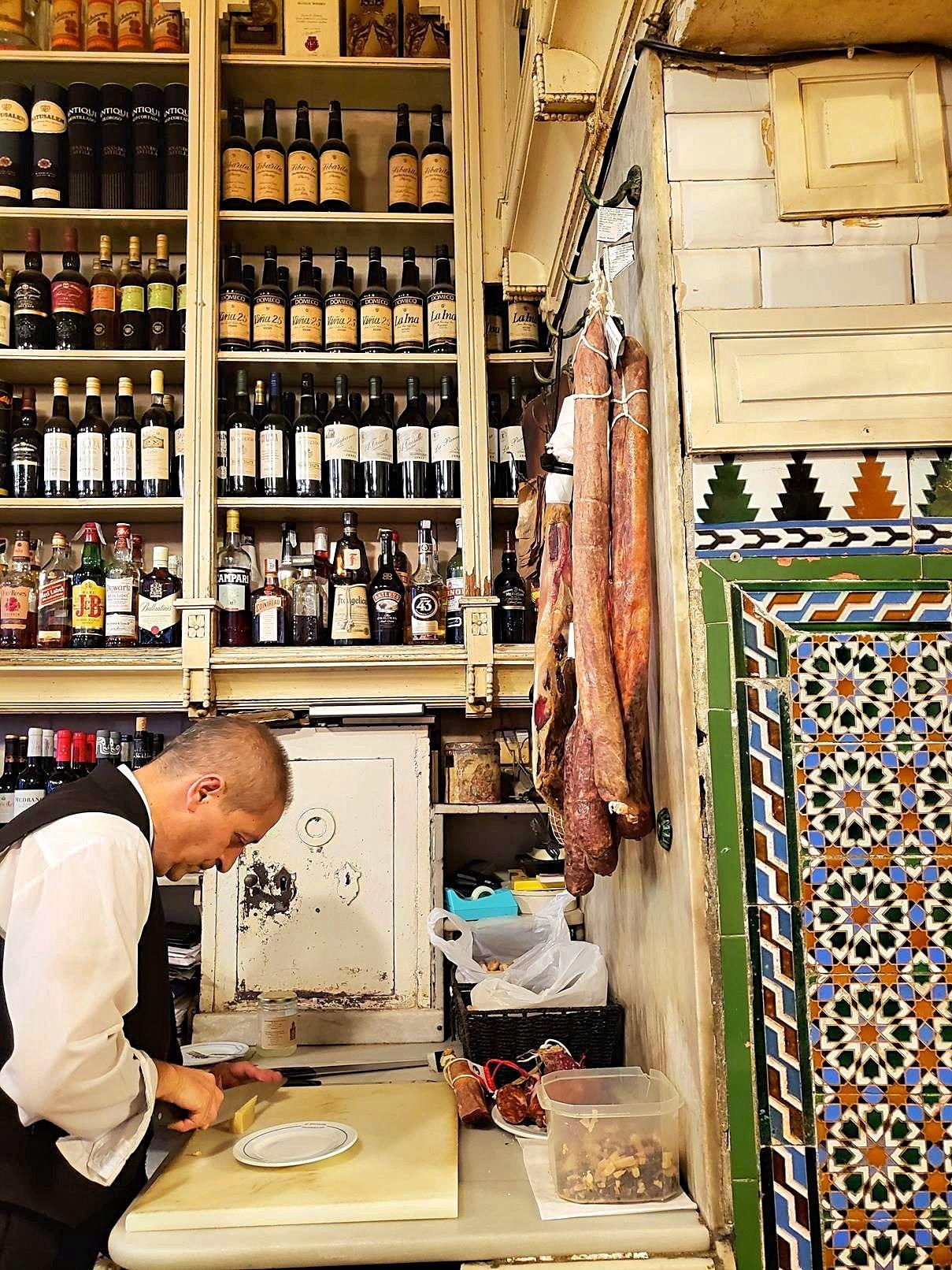Oudste tapas bar Sevilla Spanje