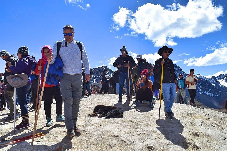 Drukte op Rainbow Mountain Cusco Peru