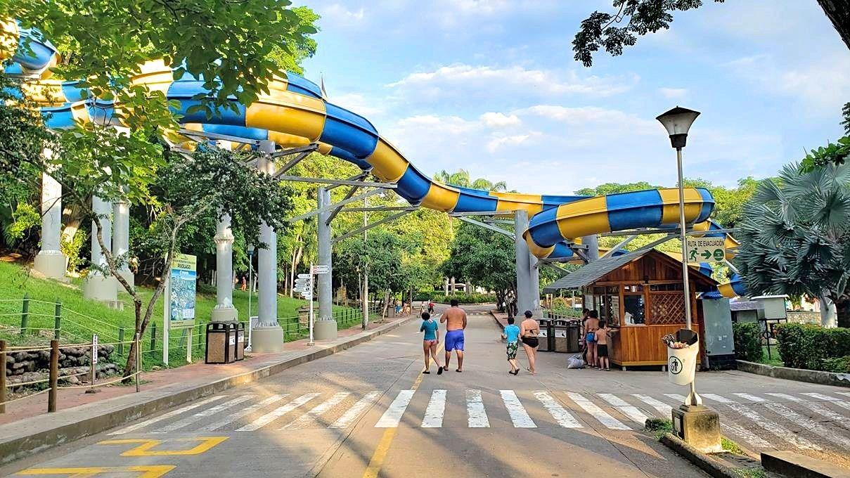 Colombia met kinderen waterpark