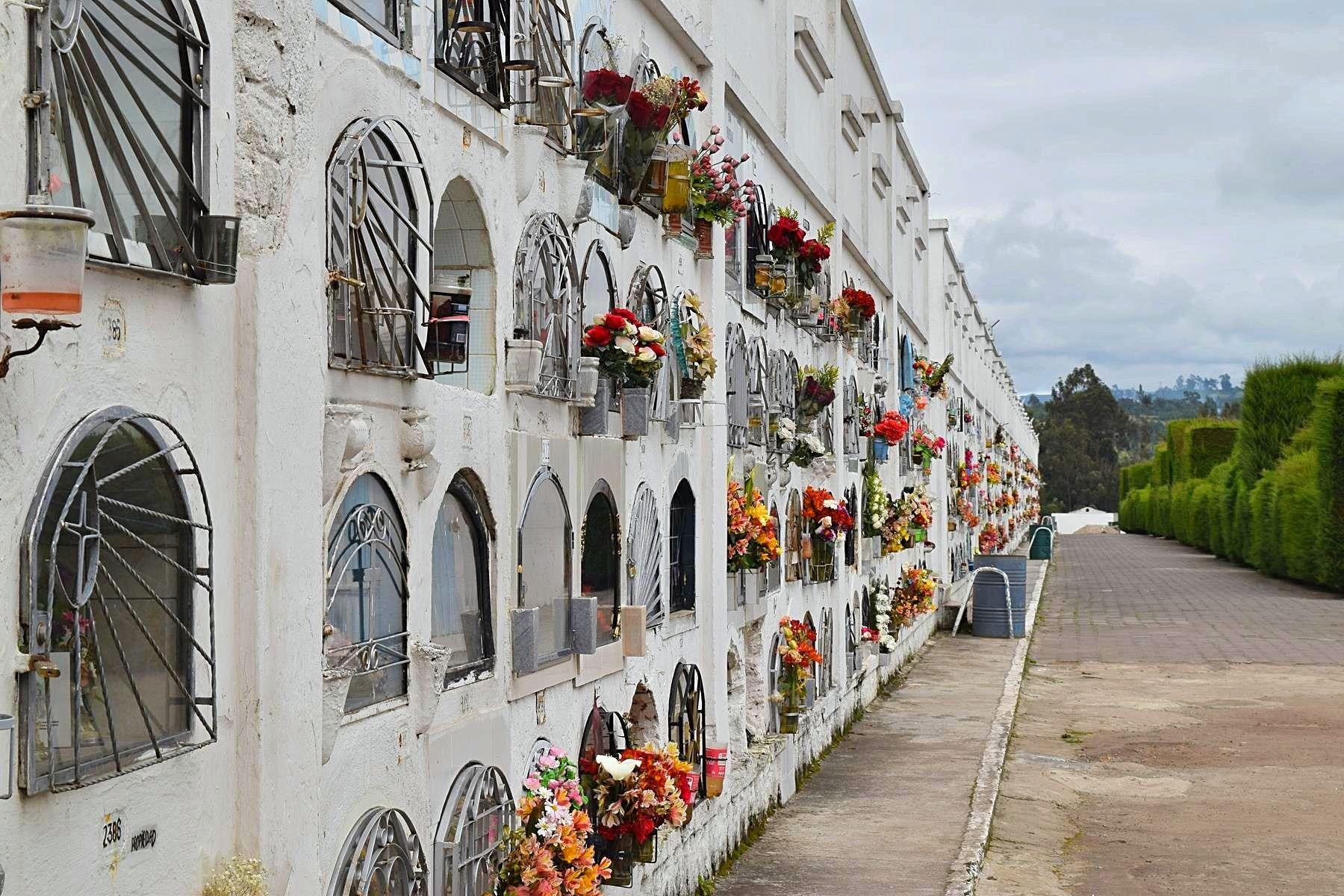 Begraafplaats Tulcán Ecuador grens Colombia