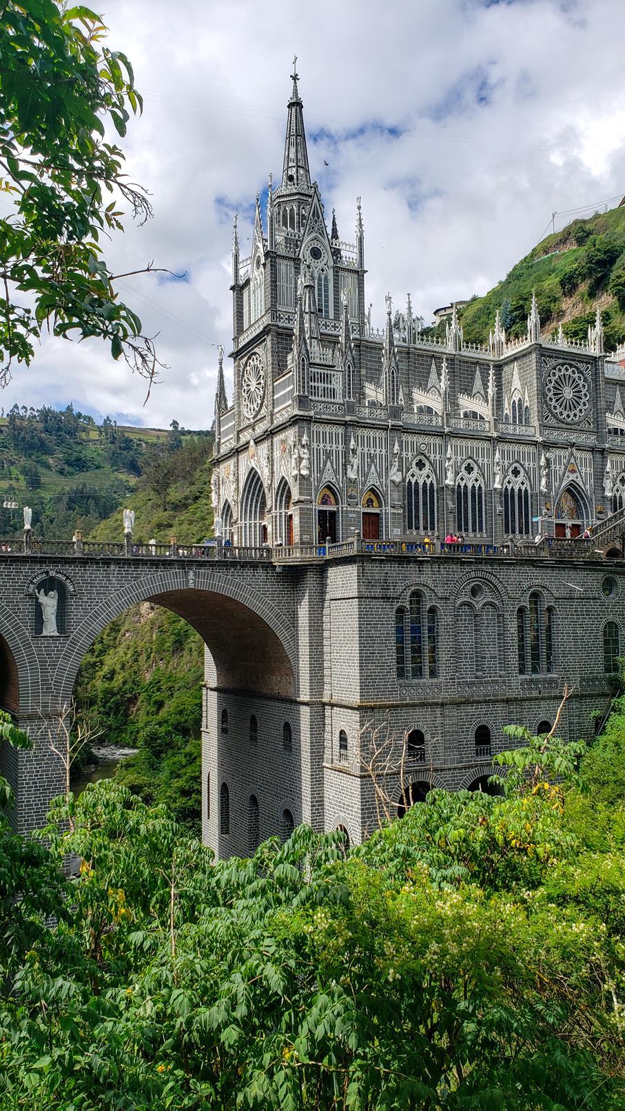 Bezoek Las Lajas Ipiales grens Ecuador Colombia