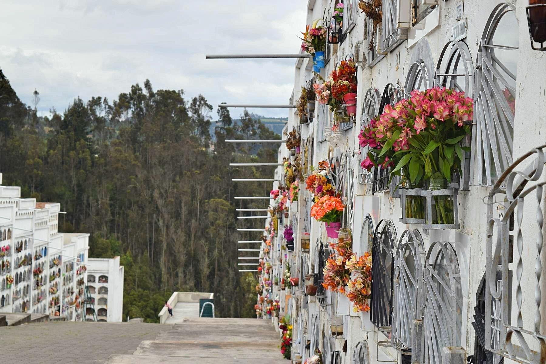 Cementerio de Tulcán Ecuador grens Colombia