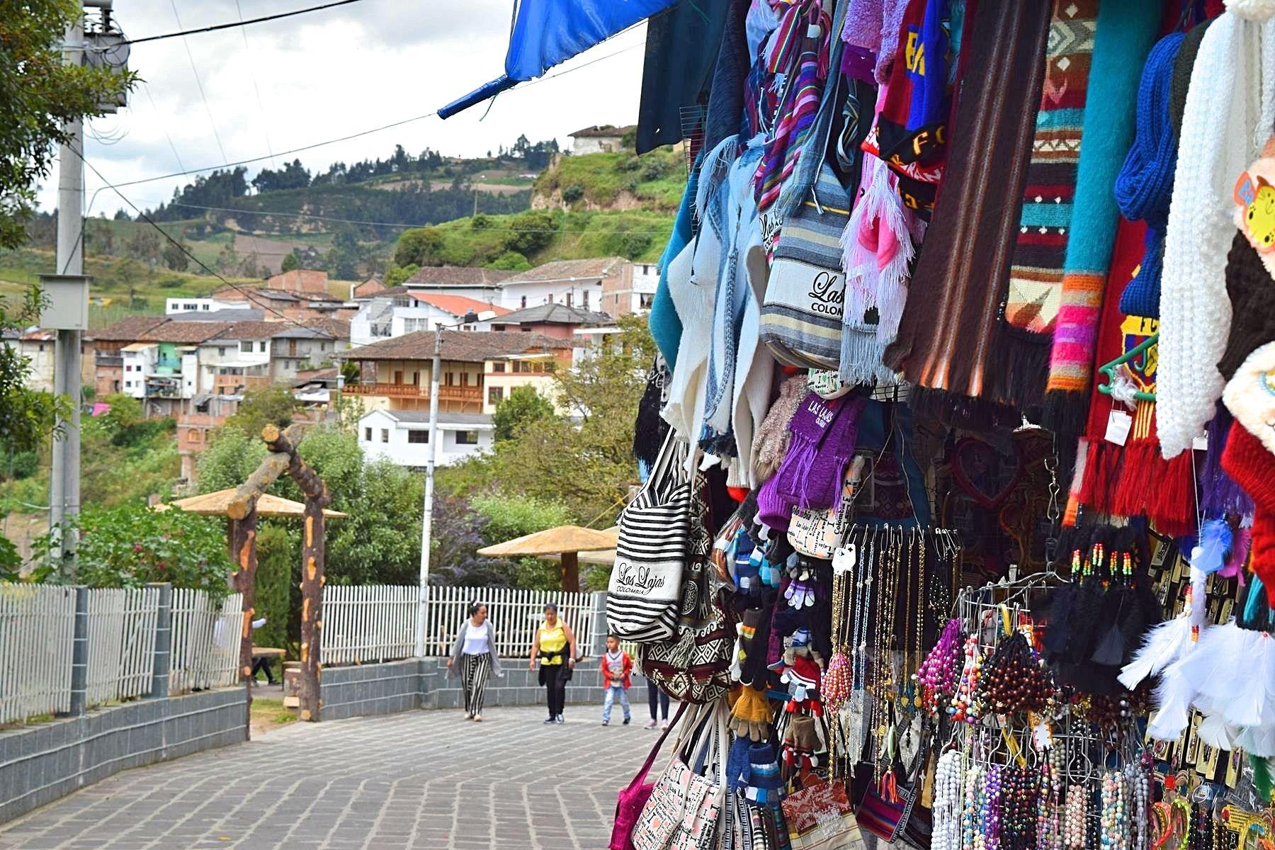 Hoe kom je bij Las Lajas vanaf Ecuador naar Colombia