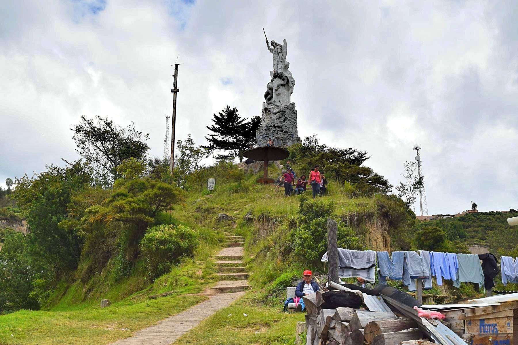 Kerk Las Lajas in Ipiales Colombia grens Ecuador 4