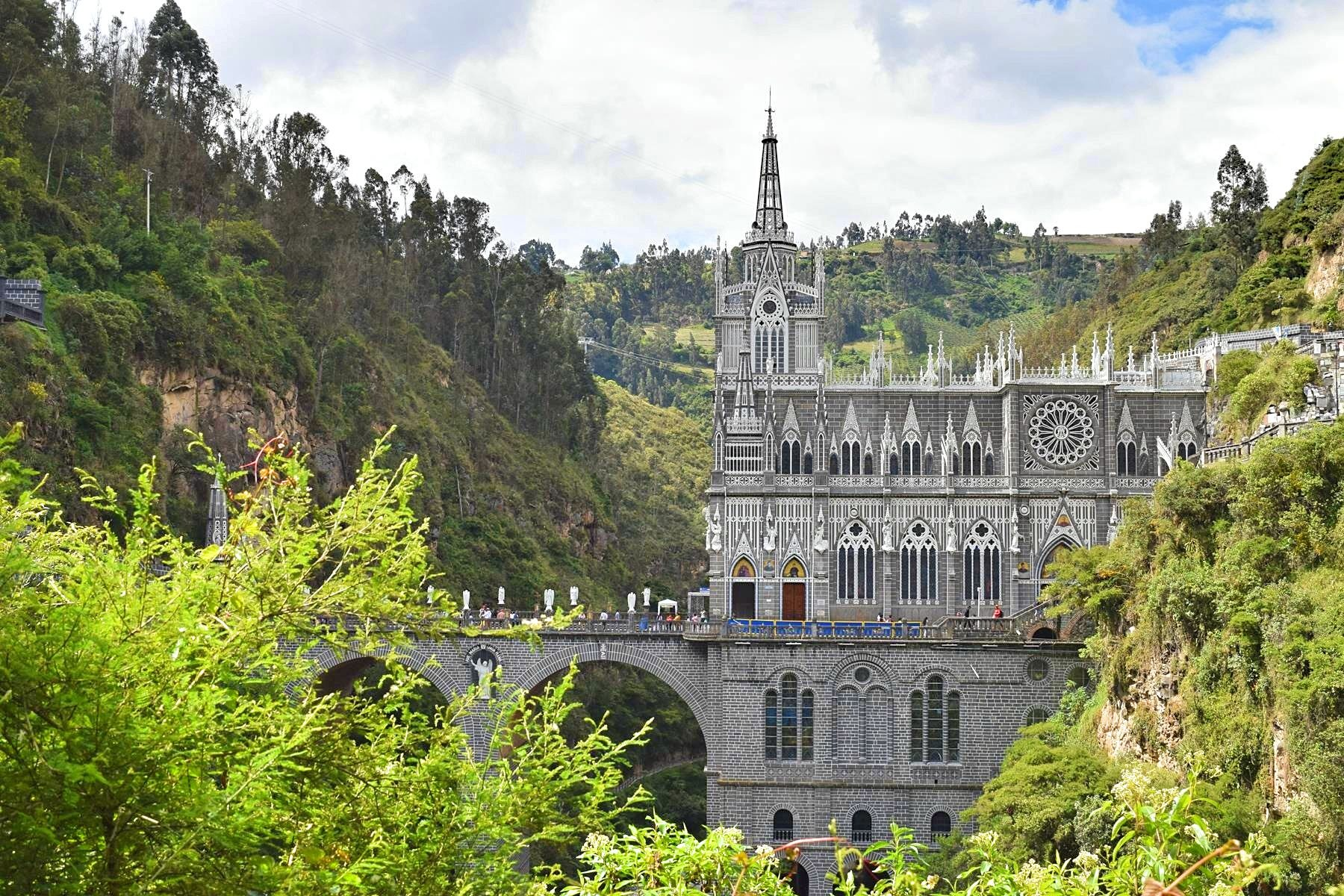 Kerk Las Lajas in Ipiales Colombia grens Ecuador