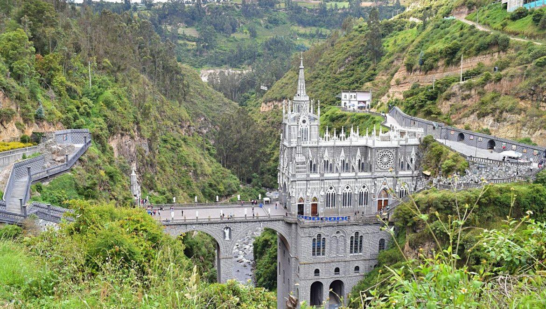 Las Lajas basiliek Ipiales Colombia