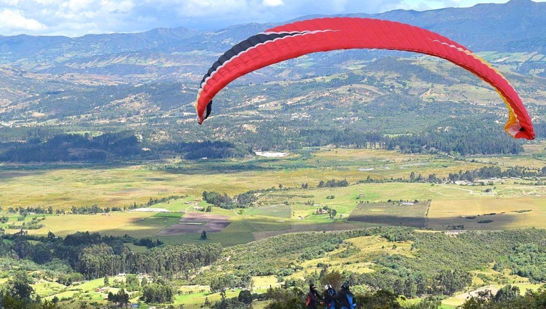 Paragliden in Colombia vlakbij Bogotá 2
