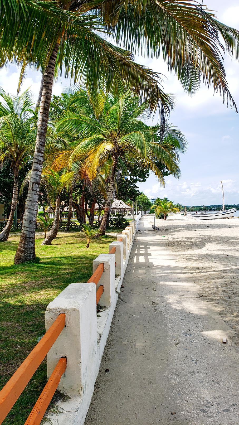 Colombian beach Coveñas