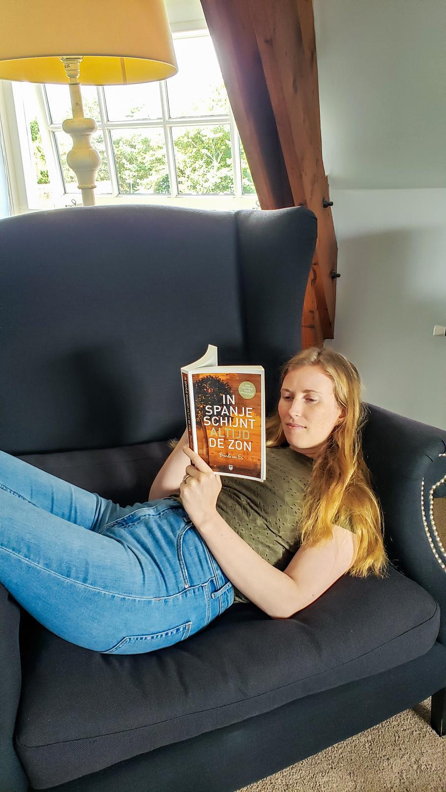 Boek lezen hotel Den Helder